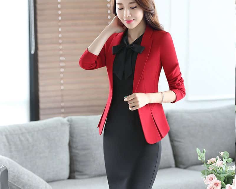 What To Wear For An Interview? 37+ Female Burgundy Red Interview Dress Code Ideas For 2021