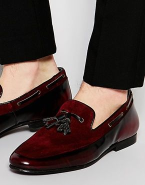 What To Wear With Men's Burgundy Shoes In 2021?(129+ Ideas For Dress Shoes, Jordans, Nike, Sneakers, Vans, Loafers, Boots, Oxblood Shoes)