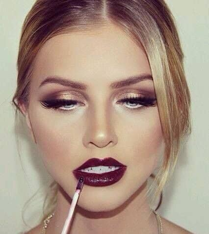 Have The Most Natural Red Lips Makeup Looks Used By Celebrities With These 10 Best Selling lipstick! (2020)
