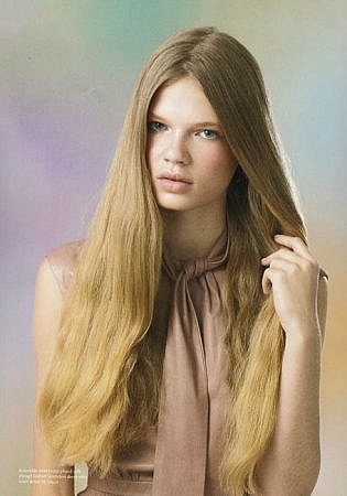 Women hairstyle, straight hair, long hair, feminine, graceful, pretty, beauty