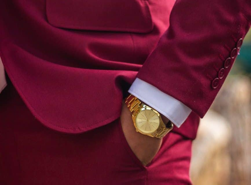 41+ Burgundy Pants Outfit For Men: What To Wear With Wine Color Maroon Jeans, Chinos, Shorts, Joggers & Dress Pants?