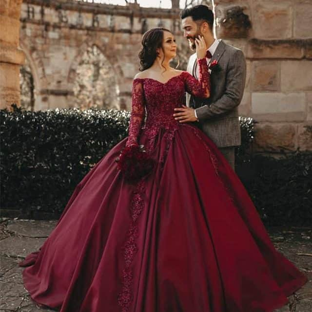Burgundy Bridal Dress Shopping Tips That You Must Know For Adding More Colors To Your Marriage Ceremony (2021)