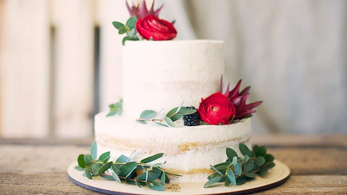 close up photography of cake with flower decor
