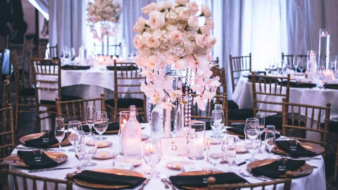 Facing Problem To Select Flowers For Your Wedding? Best Tips That Can Help To Pick Allegiant Aroma For Your Special Day (2021)
