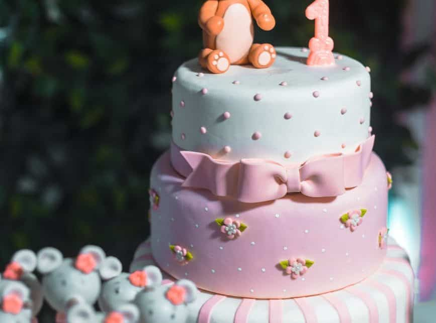 Choose Among The Best Wedding Cake Designs In 2021 And Make A Happy Treat For Your Guests