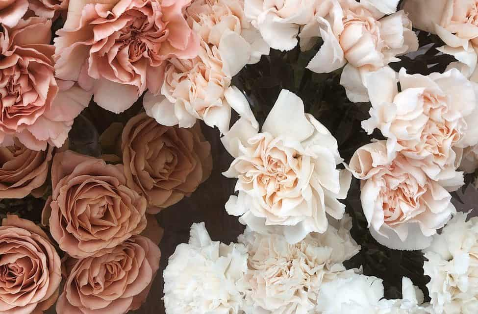 Beautiful Burgundy Wedding Flower Decorations – Available In Warm Or Pastel Shades To Add More Colors To The Decor (2021)