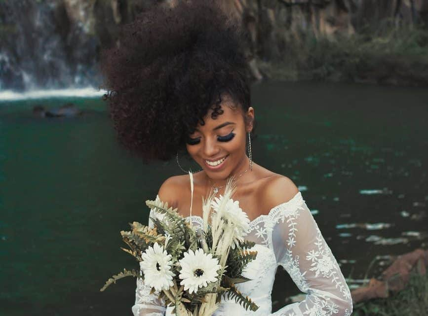 Want To Make Your Hair Look Perfect And Beautifully Styled On Your Wedding Day? Here Are Few Ideas Of Gorgeous Burgundy Hairstyles (2021)