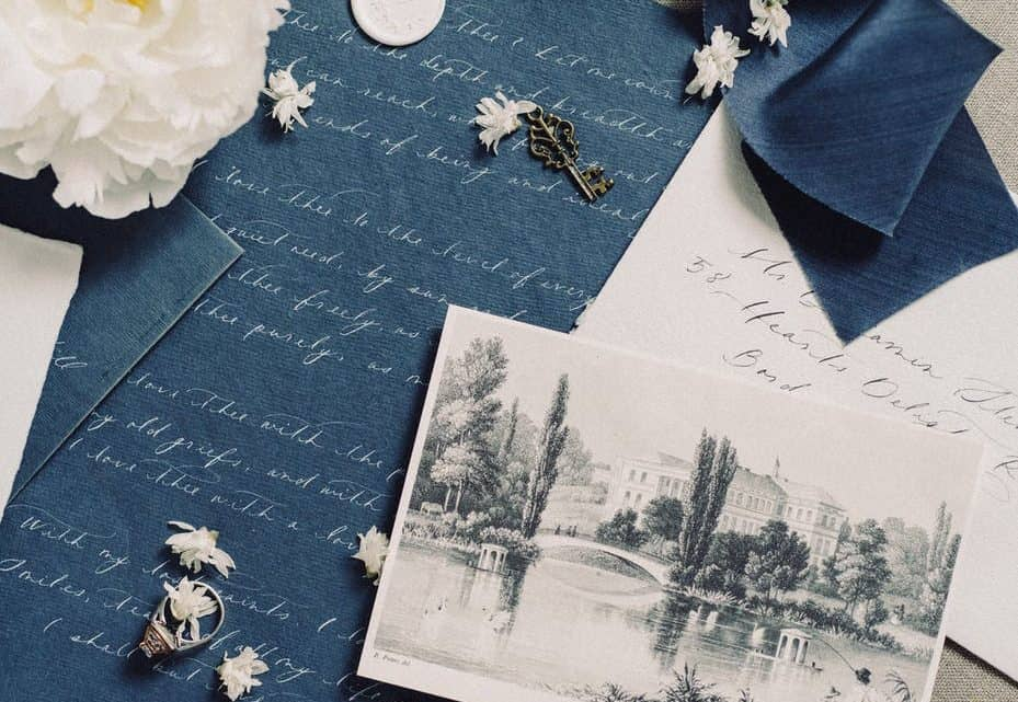 What Are Some Cheap Ways To Get Special And Unique Burgundy Wedding Invitations? (2021)