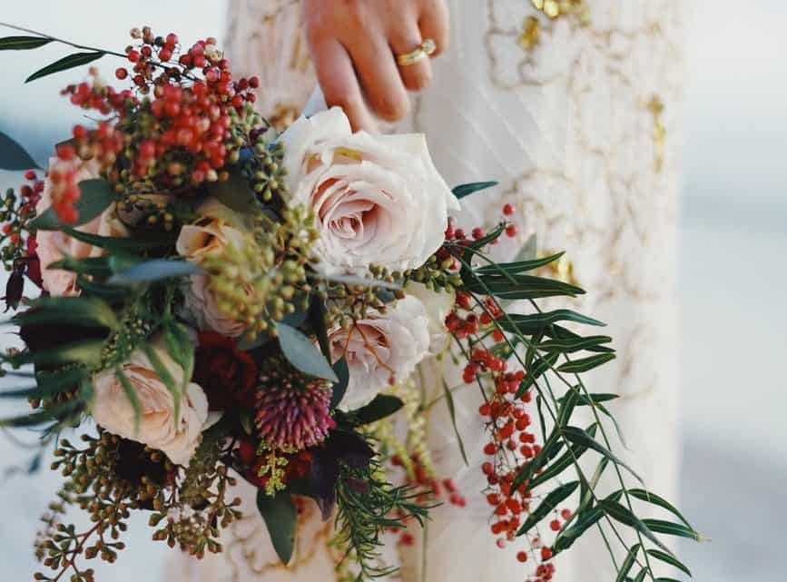 Unique Burgundy Wedding Bouquet Ideas For Your Big Day To Keep Up The Tradition  (2021)