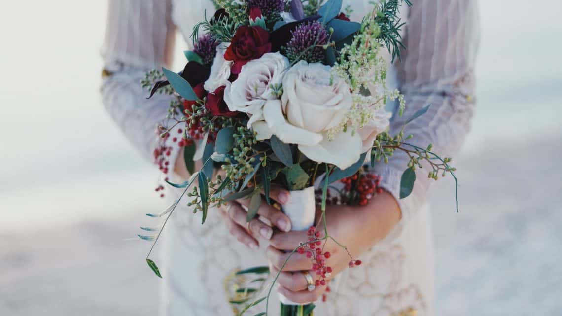 Here Is A Guide To Make The Perfect Bridal Bouquets For Your Special Day (2021)